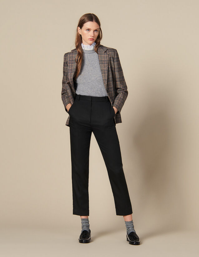 Fitted Trousers With Pin Tuck Pleats : Pants color Black