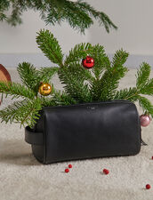 Toiletry bag : All Leather Goods color Black